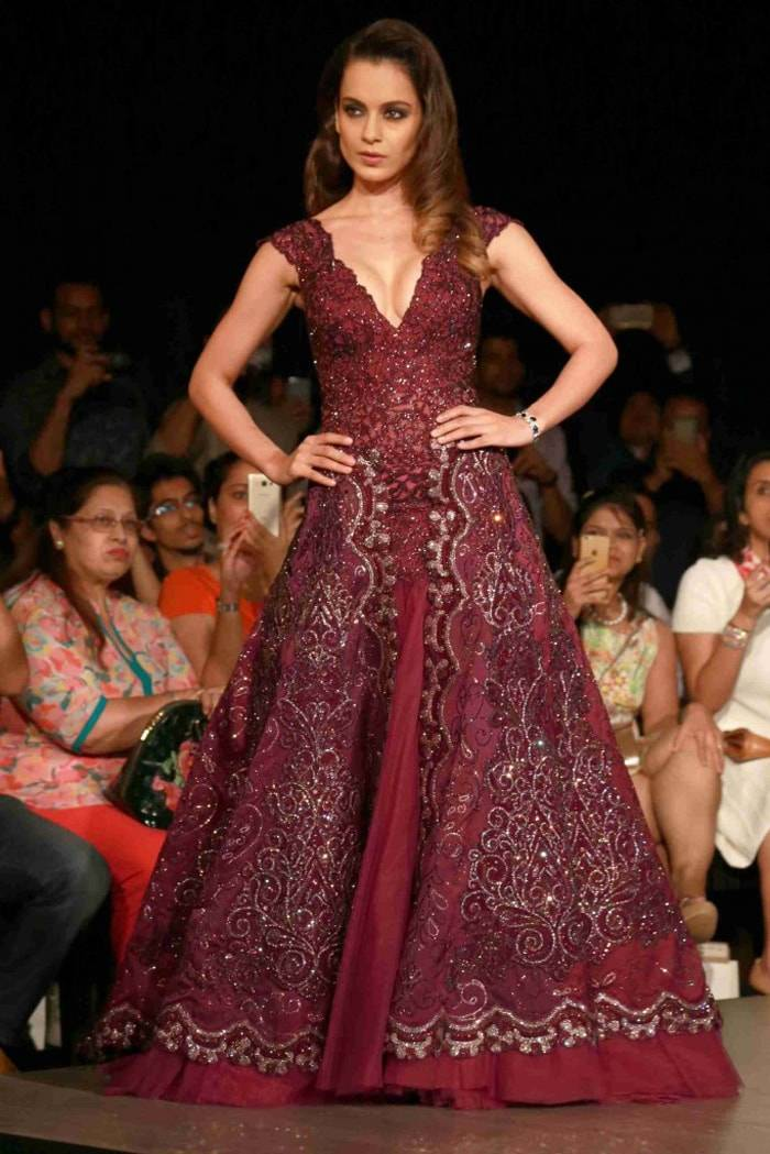 Aicw Designers Unveil Modern Designs Inspired By India
