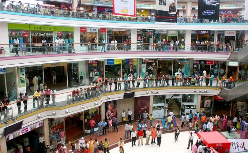 029d8cf5 Lack of premium spaces force global brands to focus on select malls