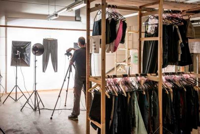 Momox: Making millions with second-hand clothing
