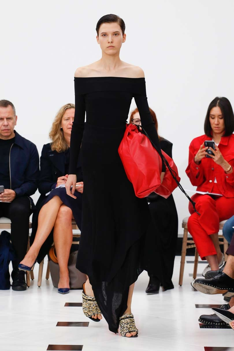 London Fashion Week: Victoria Beckham, Burberry headline