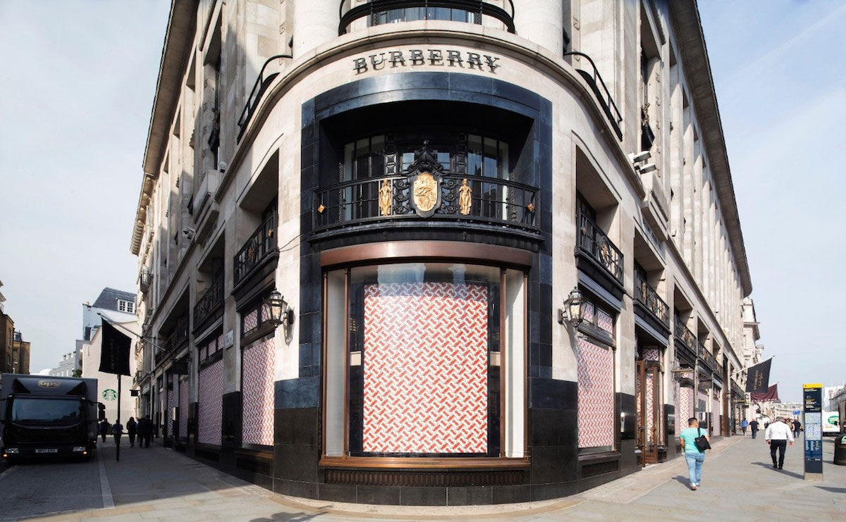 Burberry's full year revenue and profit growth remains flat